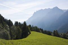 Austriaco el Tyrol y dolomías de Lienzer foto de archivo