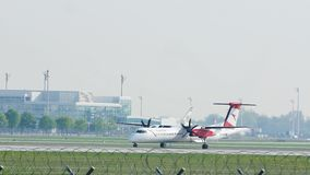 Austrian Airlines De Havilland Канада DHC-8-400 OE-LGN сток-видео