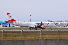 Austrian Airlines Embraer erj-195 Royalty-vrije Stock Foto