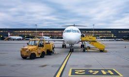 Austrian Airlines-Fokker 100 Royalty-vrije Stock Afbeeldingen