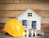 Auswahl der Hilfsmittel in der Form eines Hauses Lizenzfreies Stockfoto