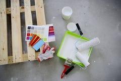 Auswahl von Farbenfarben für Reparatur Stockfoto