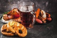 Auswahllebensmittel für Oktoberfest lizenzfreies stockfoto