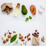 Auswahlnahrungsquellen von Omega 3 Superlebensmittel hohes Omega 3 und Lizenzfreie Stockfotos