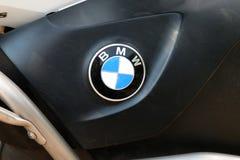 Ausweis von BMW-Motorrad an der jährlichen Massenfahrt Lizenzfreie Stockbilder