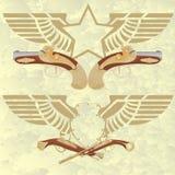 Ausweise mit Flügeln und alten Waffen Lizenzfreies Stockfoto