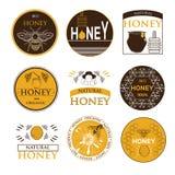 Ausweise und Aufkleberdesign für Bienendesign Lizenzfreie Stockfotos