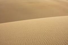 Auszug der Sand-Kräuselungen Lizenzfreie Stockfotografie