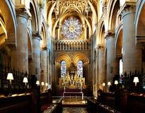Autel à l'église Oxford du Christ images stock