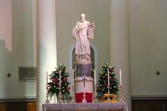 Autel dans la basilique du Saint-Marin La république de San Marino Photos stock