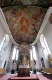 Autel principal dans notre église de Madame à Aschaffenburg, Allemagne Images libres de droits