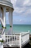 Autel tropical de mariage Photographie stock libre de droits