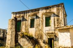 Autentyczni śródziemnomorscy budynki w Cretan miasteczku Chania, wyspa Crete, Grecja obrazy royalty free