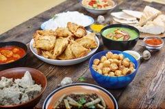 Autentyczny jedzenie, hindus, jedzenie, tradycyjny, naczynie, kuchnia, posiłek, curry, kurczak, tło, azjata, puchar, obrazy royalty free