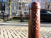Autentyczny podpisuje wewnątrz Amsterdam zdjęcia stock