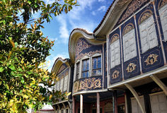 Authentiek oud huis in plovdiv stock foto's