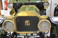 Authentiek vervoer Rolls Royce van het begin van het de 20ste eeuw vooraanzicht Royalty-vrije Stock Foto's