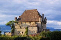 Authentische französische Villa Lizenzfreie Stockfotos