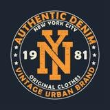 Authentisches Denim New York, städtische Markengraphik der Weinlese für T-Shirt Ursprüngliches Kleidungsdesign mit Schmutz Retro- Lizenzfreies Stockbild