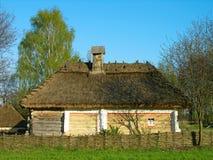 Authentisches ukrainisches Haus im Pirogovo Museum, Kiew Lizenzfreie Stockfotografie