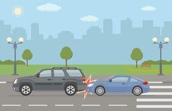 Auto acidente que envolve dois carros, no fundo da cidade Imagens de Stock