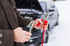 Auto auf Winter stockfotos