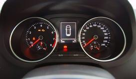 Auto belichteter Armaturenbrett Lizenzfreies Stockbild