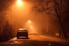 Auto bij nacht stock foto's