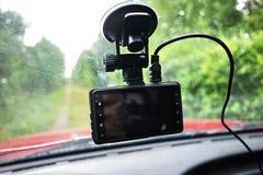 Auto camcorder vertoning Videorecorder om de verkeerssituatie te registreren terwijl het drijven van uw auto royalty-vrije stock foto's