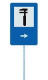 Auto ícone da oficina de reparações do carro, Signage do cargo de Polo da borda da estrada do sinal de tráfego rodoviário de Fix  Fotos de Stock Royalty Free