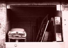 Auto in de zolder royalty-vrije stock foto's