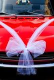Auto die voor een huwelijk wordt verfraaid Stock Foto's