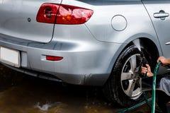 Auto in een carwash Stock Fotografie