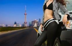 Auto en meisje Stock Fotografie