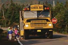 Auto escolar parado fotografia de stock royalty free
