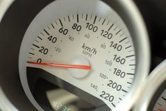 Auto-Geschwindigkeitsmesser lizenzfreie stockbilder