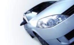 Auto getrennt auf Weiß Stockbild