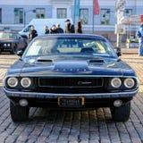 Auto Helsinkis, Finnland alter Dodge-Herausforderer Lizenzfreie Stockbilder