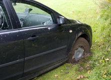 Auto im Schlamm Lizenzfreie Stockbilder