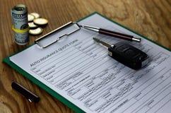 Auto insurance contract money Stock Photography