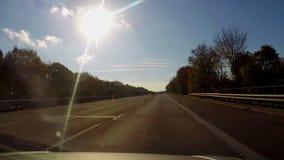 Auto kamera video, drogowy autostrady autobahn jeżdżenie, bezpieczny pas ruchu zbiory wideo
