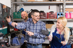 Auto mechanics at workshop Stock Photo
