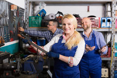 Auto mechanics at workshop Stock Photos