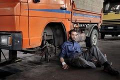 auto mechanik zdjęcia royalty free