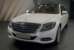 Auto Mercedes-Maybach s-Klasa Royalty-vrije Stock Fotografie