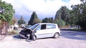 Auto mit einbezogen in einen Unfall stock video