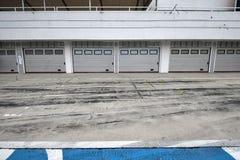 Auto-motor speedway garage stock photo