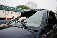 Auto na ongeval Verpletterde autovoorruit Stock Afbeelding