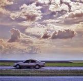 Auto op de weg royalty-vrije stock foto