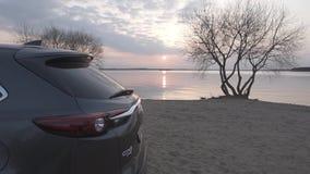 Auto op het strand stock videobeelden